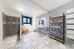 salle de bains chambre nuptiale
