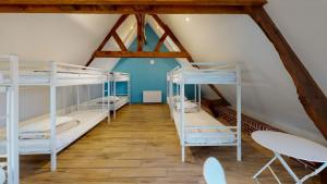 Ecuries-De-Bayencourt-dortoir